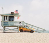 lifeguard stand on beach